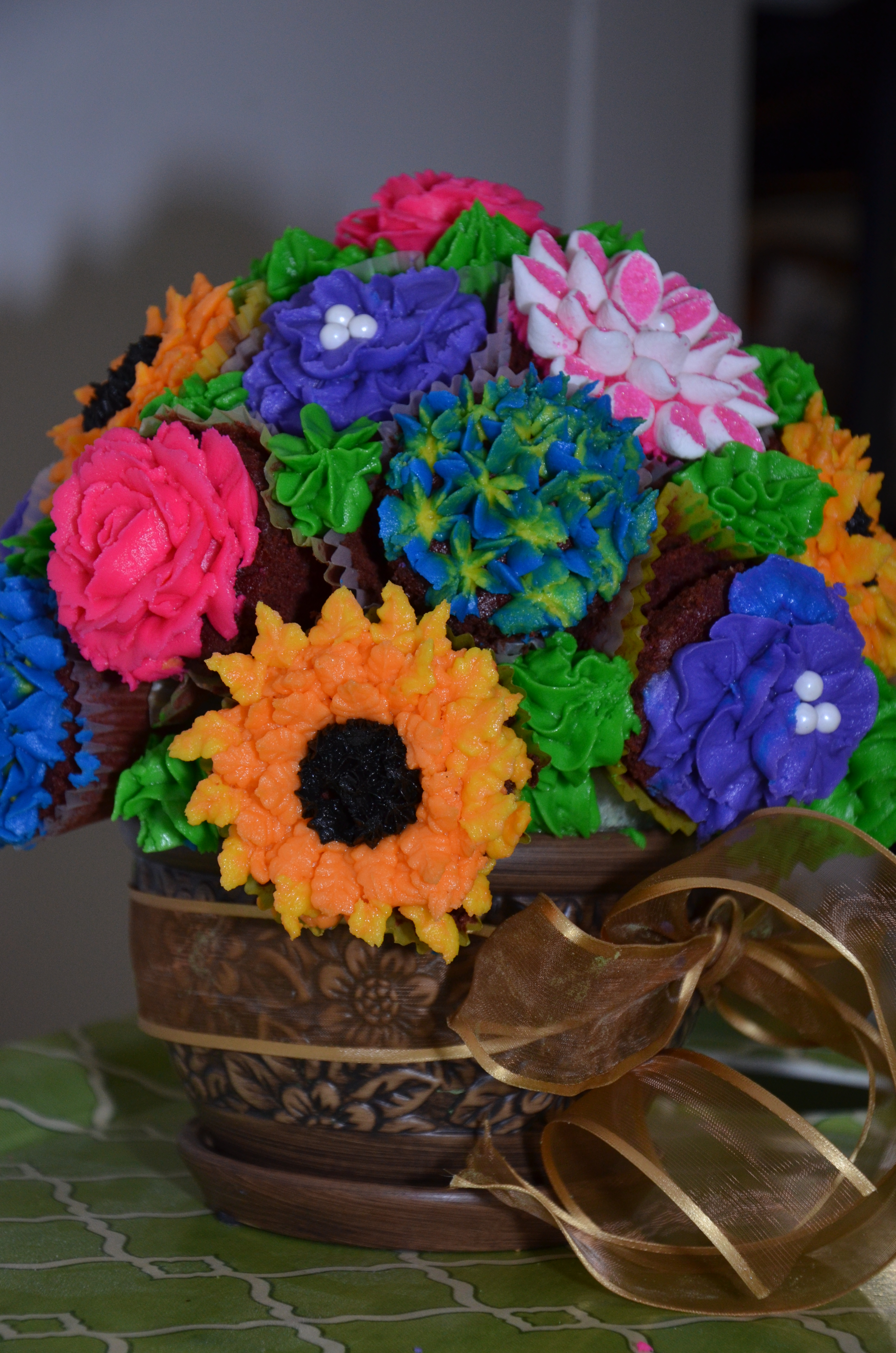 Gluten free cupcake bouquets by grace cakes dsc2020 izmirmasajfo Image collections